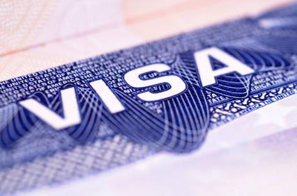 Senate Passes Immigration Reform Bill Creating E-3 Visa Category for Irish Nationals